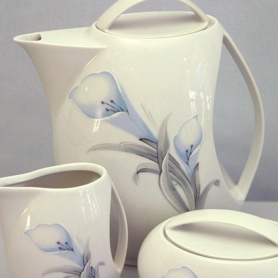 3-pc. Tea Set with Calla Lily Decoration from Bohemia Ceramic Works, Porcelaine Fine de Boheme, Czechoslovakia