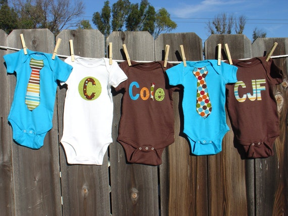 Boys Personalized Onesie Set, Perfect for Baby Shower Gift or Decoration - Bermuda Dot and Stripe