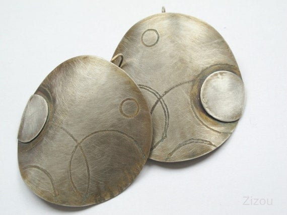 round african  earrings