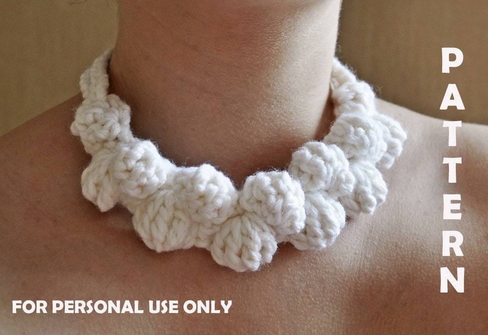 Crochet Stitches Jewelry : Crochet White Necklace PATTERN / PDF format Pattern / by mailo