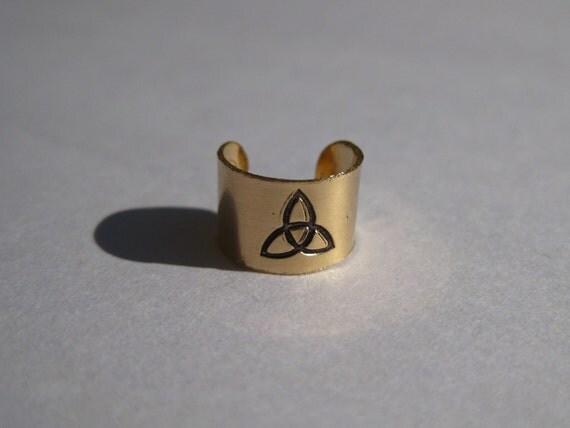Celtic Triquetra Symbol - Gold Filled Ear Cuff