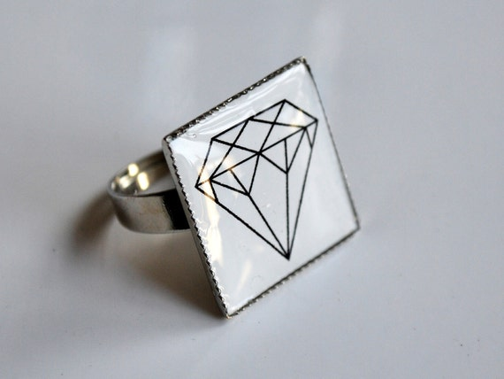 DIAMOND square resin ring