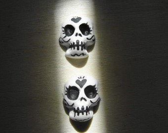 Super Secret Limited Sale Economical Art Supply Clay Skull Cabs For Your Art Set of 2 not heavy duty sealed like my other ones