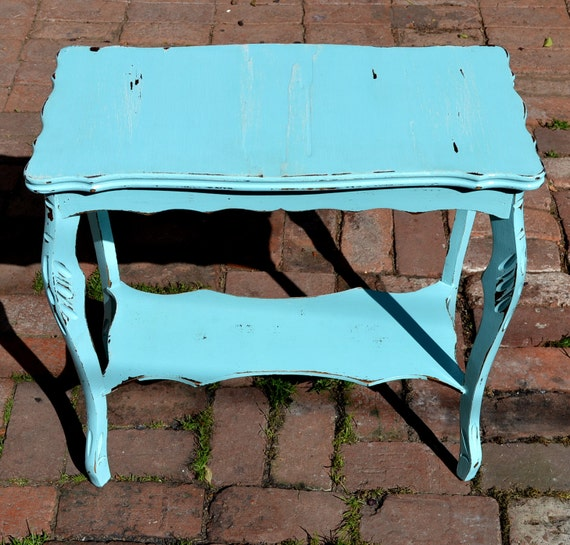 Vintage side table solid wood in distressed light blue for Light wood side table
