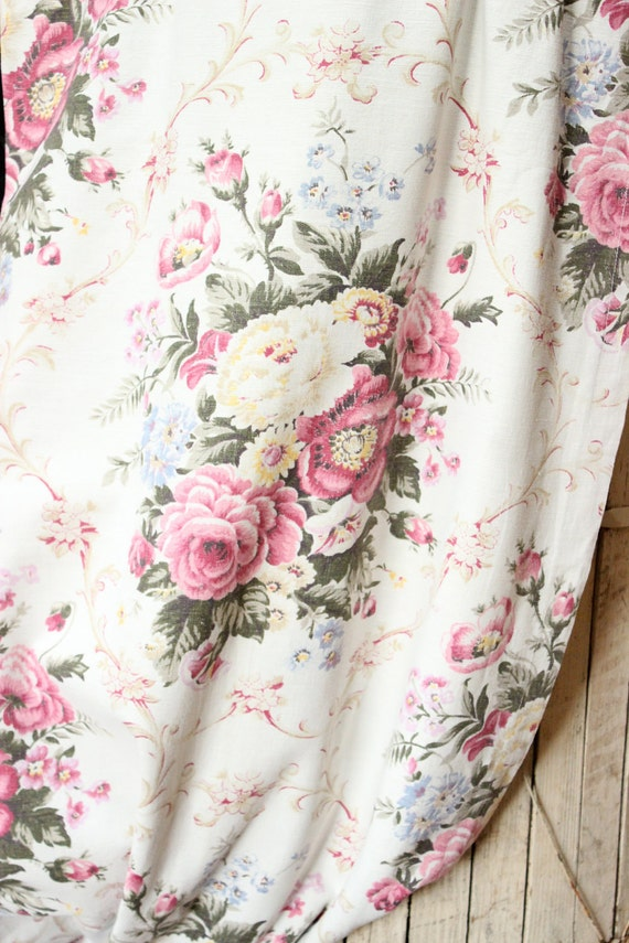 1930s French Scrolled English Cabbage Rose Floral Vintage Pale