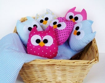 2 pink or blue mini owls