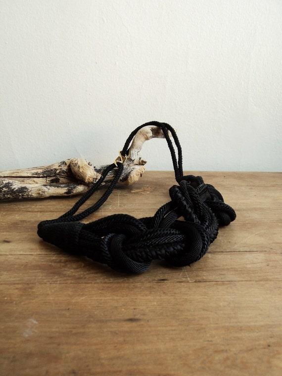 Vintage 80s Nautical Knot Belt