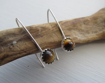 Tiger Eye V dangles - simple hand forged sterling silver earrings with a bezel set tiger eye