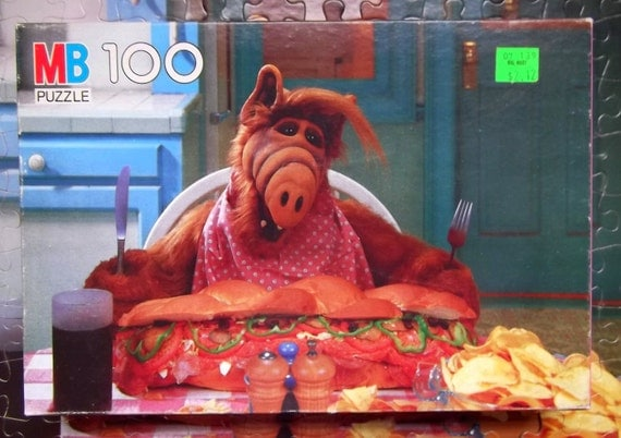 Vintage 1980 TV Show Character Licensed Alf Puzzle 100 Piece Cardboard Box
