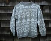Vintage 80s Womens Snowflake Pattern Knit Sweater