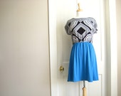 WOMENS DRESS / knee length / black and white & blue / small