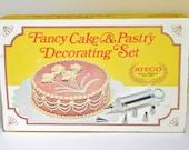 Vintage Ateco Fancy Cake & Pastry Decorating Kit No 701