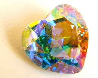 AURORE BOREALE - Large AB Pastel Rainbow Prismatic Heart Shaped Crystal - 28mm
