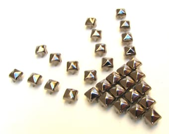 100 Small Gunmetal Pyramid Studs - 6mm x 6mm Square Peaked 4 Pronged Dark Silver Studs - Ships From US - Leather, DIY, Punk Rock Supply