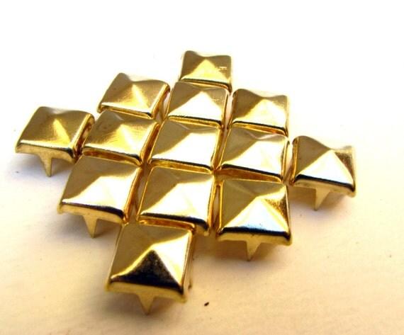 50 Medium Bright Yellow Gold Pyramid Studs 8mm X 8mm