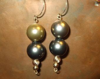Step Up Shell Nacre 12mm Taupe Black Gray Pearl 14K Long Dangle Earrings