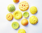 50 Edible Chocolate Buttons:  California Dreaming