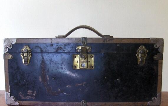 Vintage Metal Storage Box with Wood Lift Tray - Urban Rustic - Organizational - Handy Size