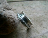 TRUST - Sterling Silver Textured Spinner Ring