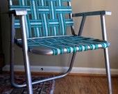 Vintage folding webbed lawn chair