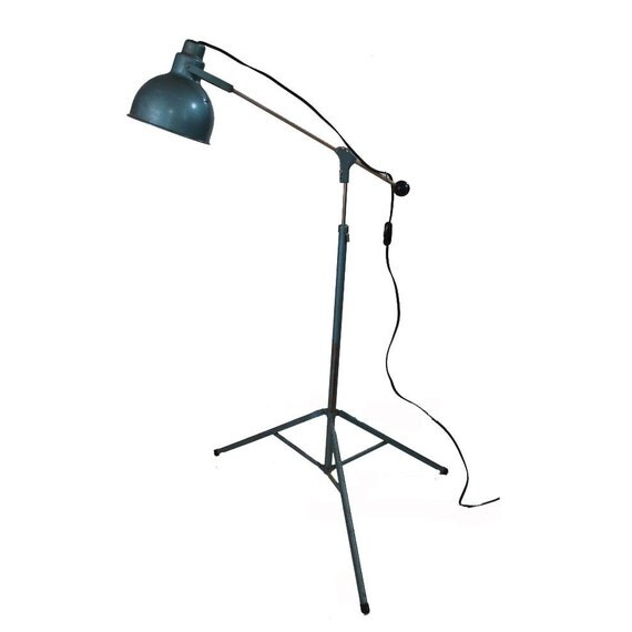 Vintage Industrial Lamp / Metal Floor Lamp / Telescopic Lamp