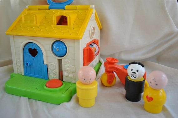 Vintage FISHER PRICE Little People Jumbo Size Discovery House