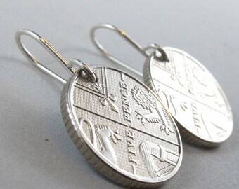 England Earrings /  jewelry / ENGLISH COIN EARRINGS  / olympic pence  britain. 2008 No.00108