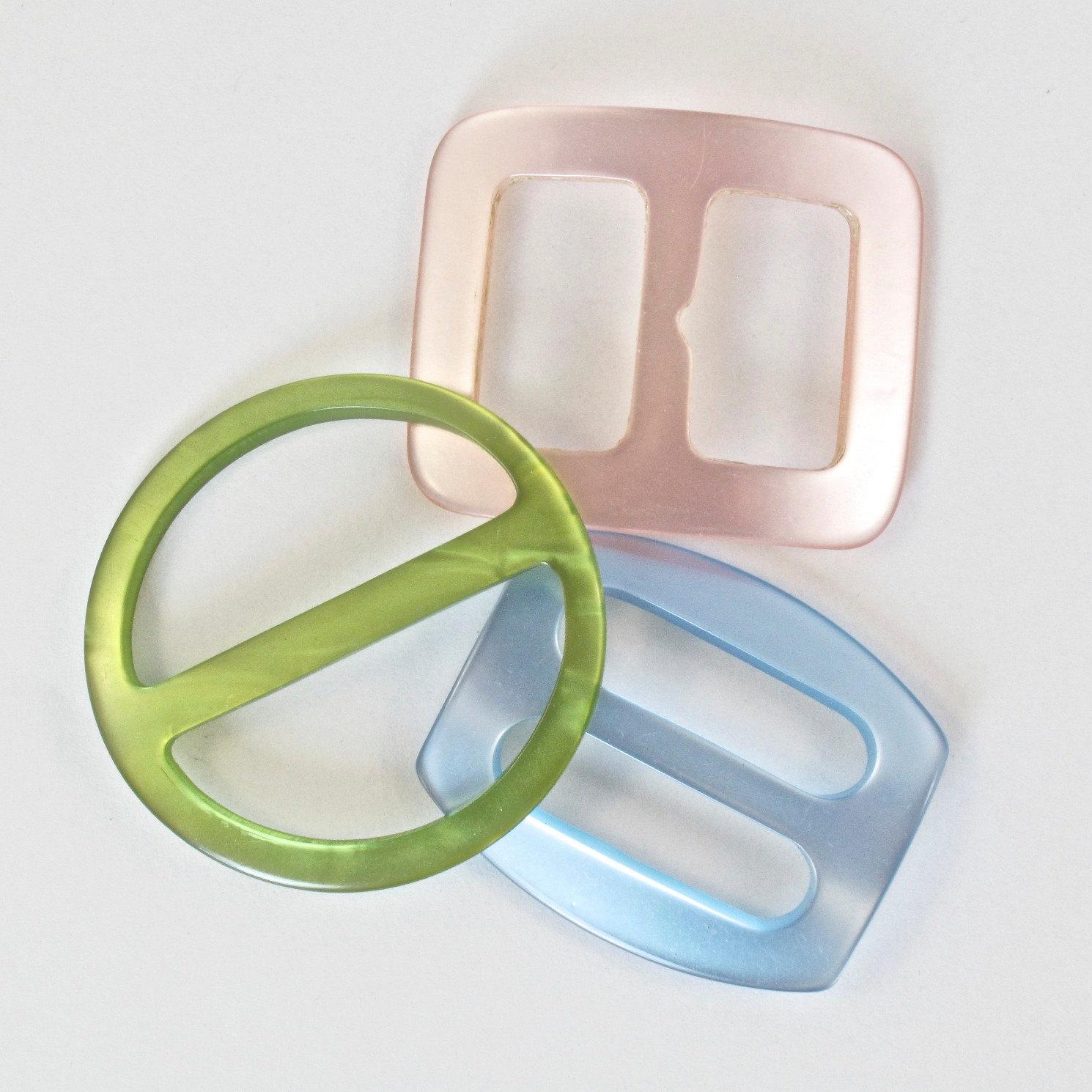 Reserved 3 Vintage Plastic Belt Buckles Green Pink Blue