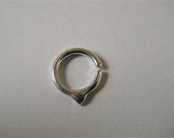 Fin (.999 Silver) : Nose Ring .. Septum Jewelry .. Silver Nose Hoop .. Rook .. Aprilsblissed .. Nosebling .. Tribal Nose Adornment