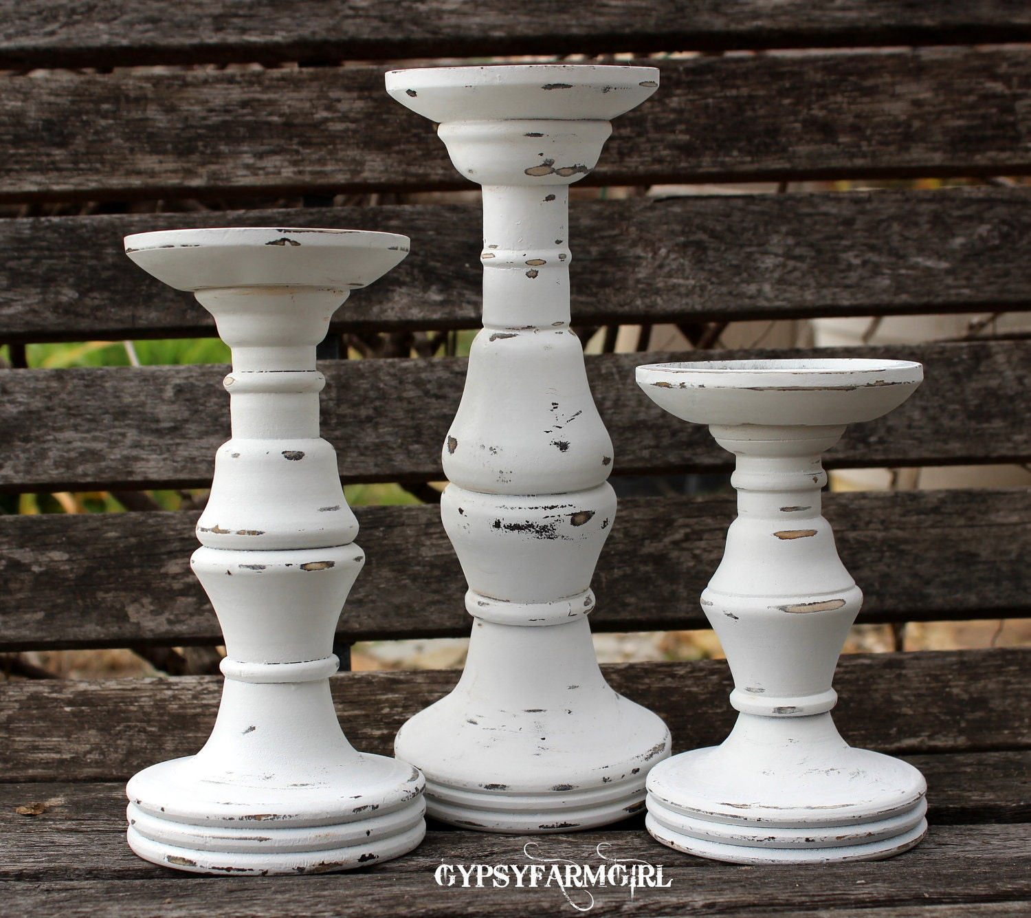 Set Of 3 White Distressed Candle Holders Candle Sticks