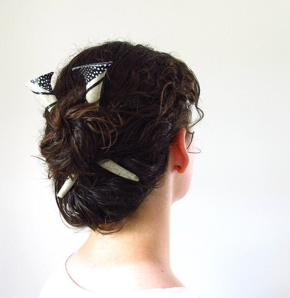 Tribal Painted Antler Hair Sticks Deer Horn Hair Accessory Black White Feather