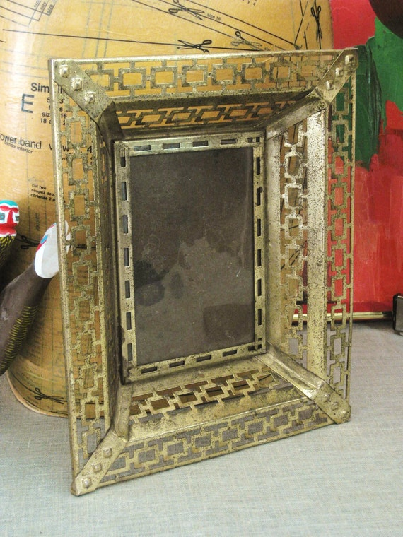 Vintage Metal Picture Frame- Frames/ Mirrors