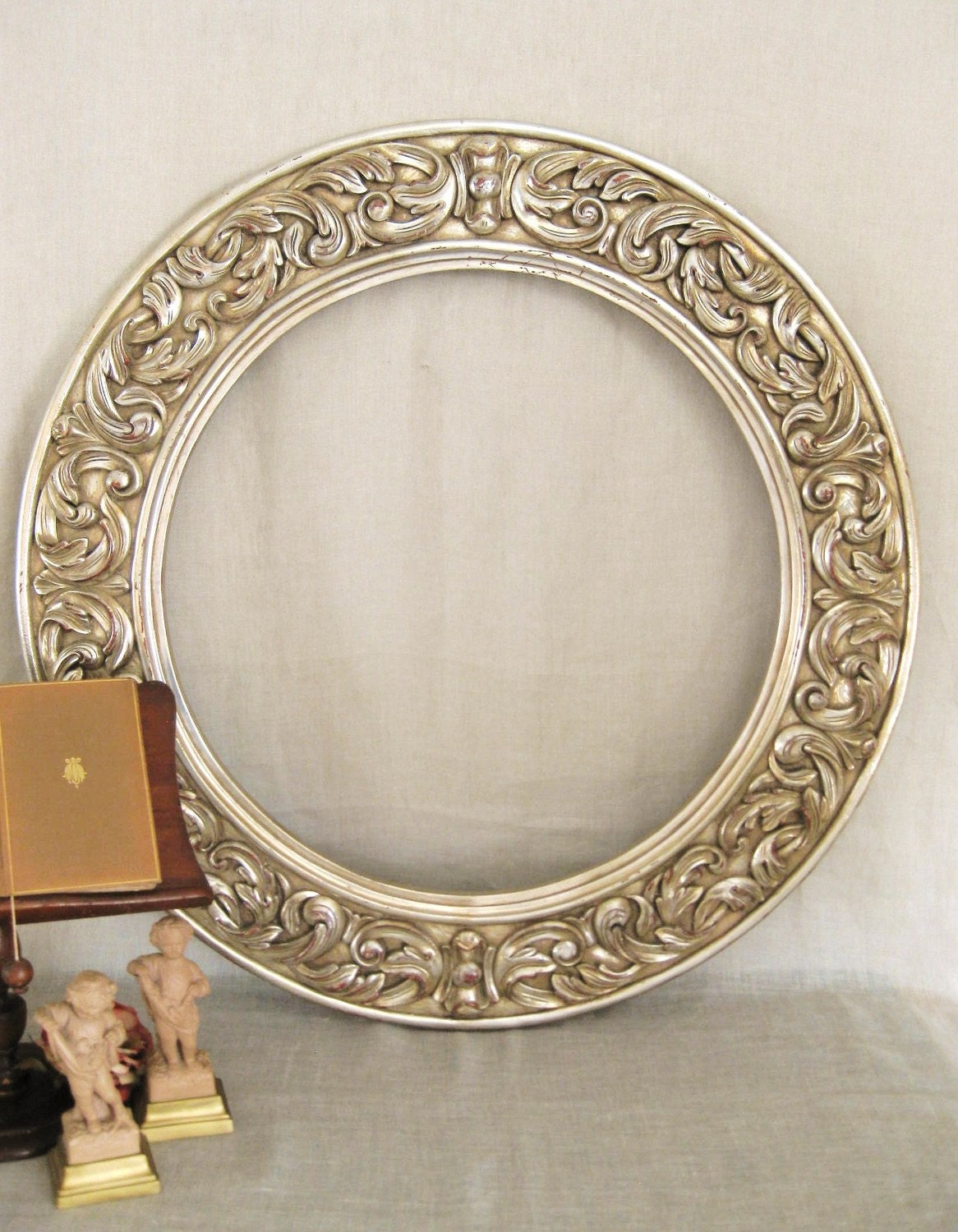 Large round mirror frame frames mirrors for Large portrait mirror