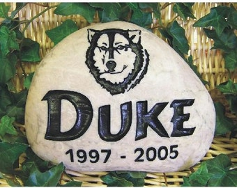 PET MEMORIALS engraved in Natural river stone