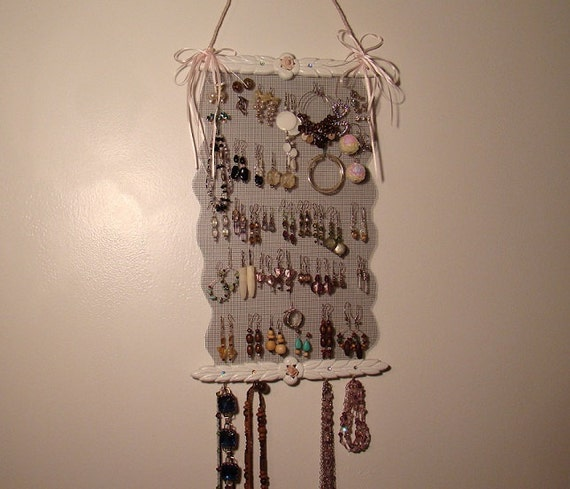 On Sale Bold White Jewelry Holder Display  'Princess-n-White'