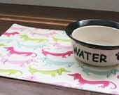 Pet Placemat with Vinyl Covering - Daschund Style (Pick your color)