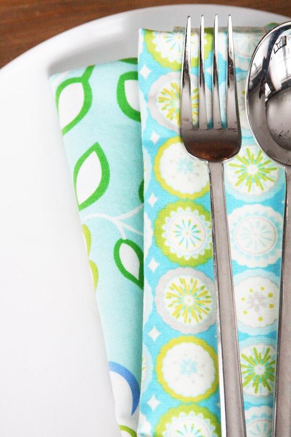 Cloth Napkins - Light Aqua Floral with Circles - Set of 4 Reversible Cloth