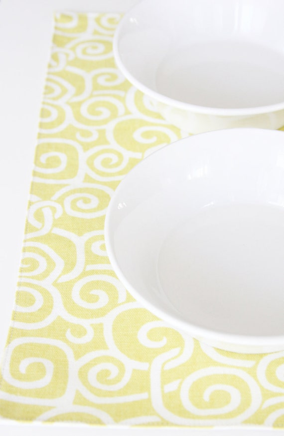 Pet Placemat - Yellow Squiggles in Small Size - FREE US SHIPPING