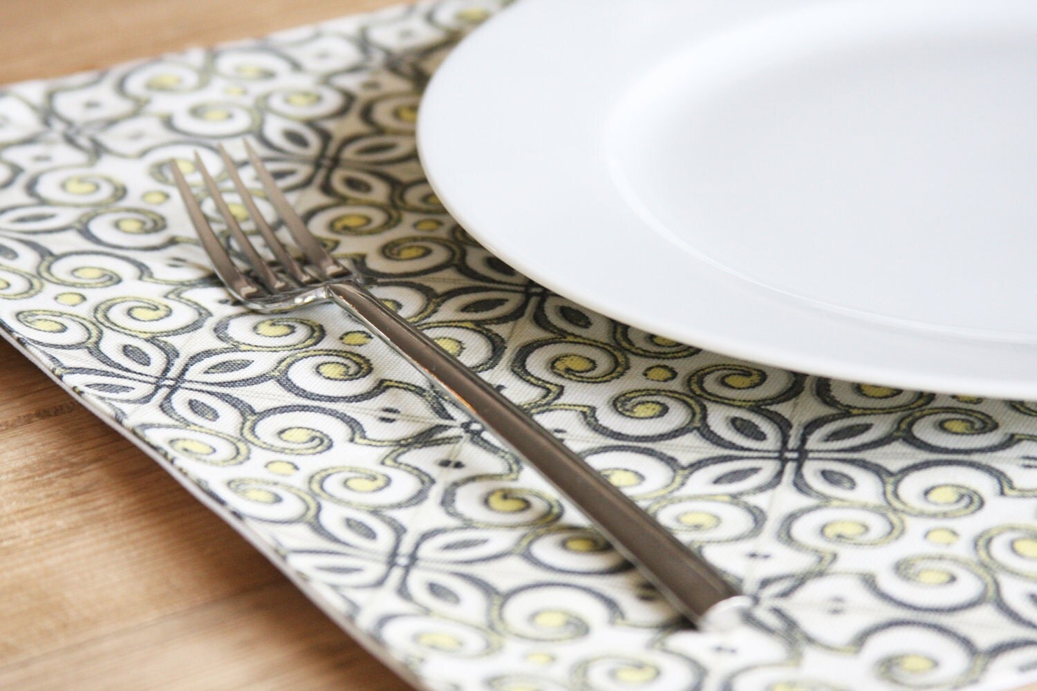 Fabric Placemats Grey With Yellow Design Set Of 4