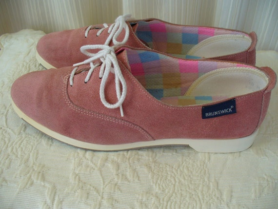 Vintage Pink Suede Brunswick Bowling Shoes - Size 10