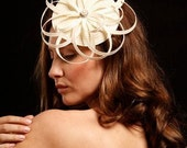 Geometric bridal fascinator completely hand made from ivory  straw with beatiful rhinestone center, wedding headpiece, Ivory fascinator - catalinaraceu