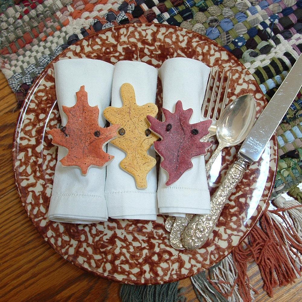 autumn leaves thanksgiving napkin rings fall decor set of 10. Black Bedroom Furniture Sets. Home Design Ideas