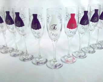 11 Bride and Bridesmaids champagne glasses, Personalized wedding flutes, Maid of honor gift