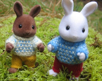 "Knitting KIT and pattern for Sylvanian Families & Calico Critters: ""Spotty"" Jumpers"""