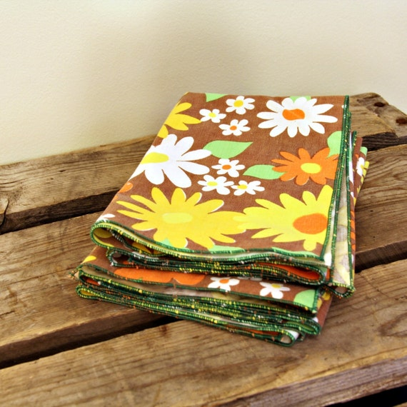 Retro Cloth Napkins, Generous Hankercheifs or Un-Paper Towels (5)