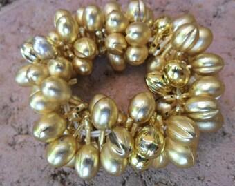 Vintage Gold Plastic Stretch bracelet