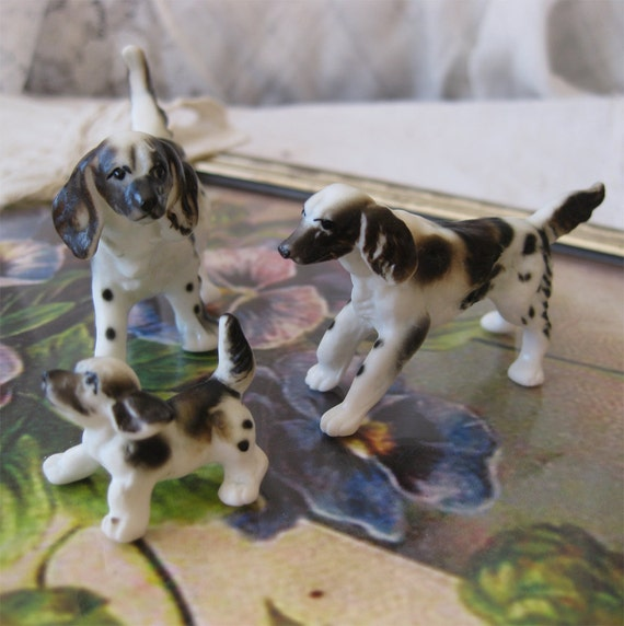 English Springer Spaniel Family - Miniature Porcelain Dogs