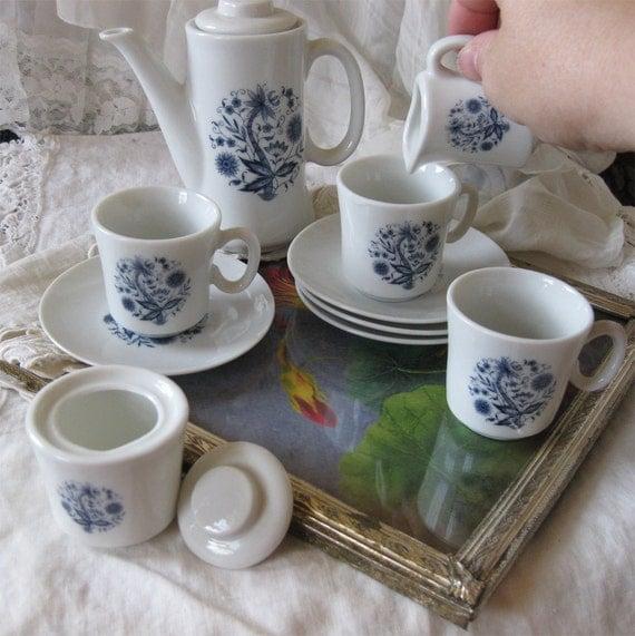 Blue and White Doll's Tea Set - Porcelain