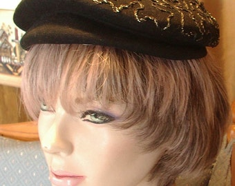 Vintage Black Felt Beret with sparkly gold thread trim