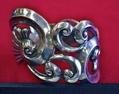 Villisana Mexican 925 Sterling Hinged Clamper Bypass Flower Scroll Filigree Repousse Domed Bracelet